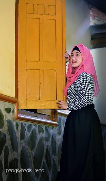 jilbab hot novita ningsih (18)