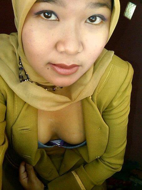 tante jilbab pns - dian (10)