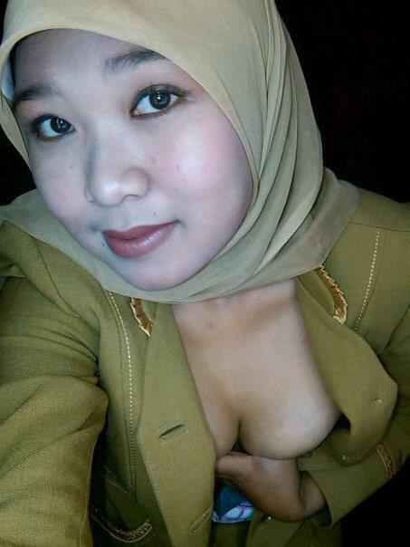 tante jilbab pns - dian (3)
