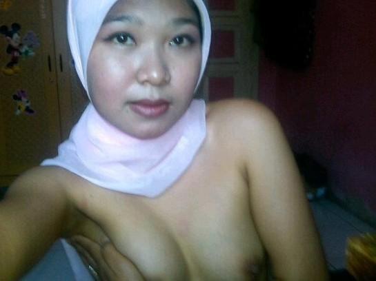 tante jilbab pns - dian (8)