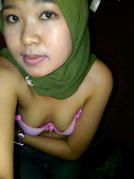 tante jilbab pns - dian (9)