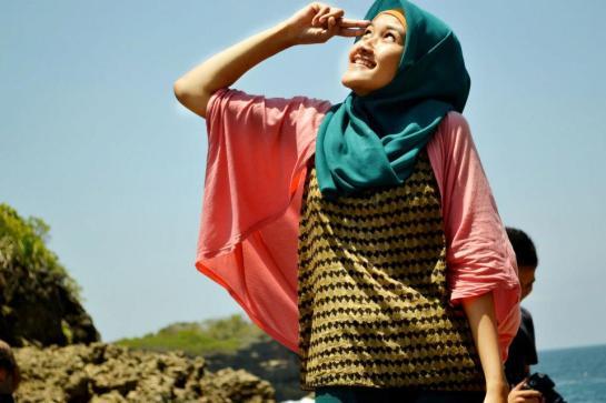jilbab pantai hot sexy (10)