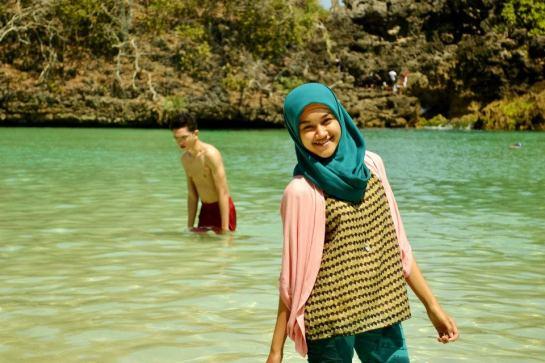 jilbab pantai hot sexy (4)