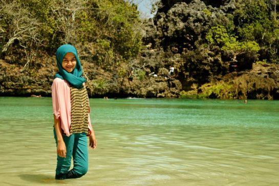 jilbab pantai hot sexy (7)