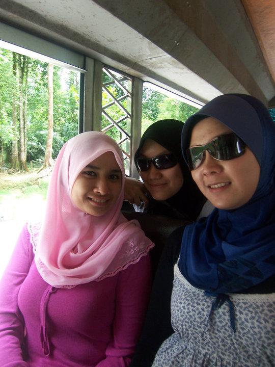 jilbab pink montok (3)