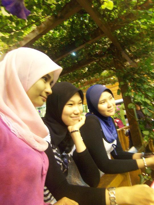 jilbab pink montok (7)