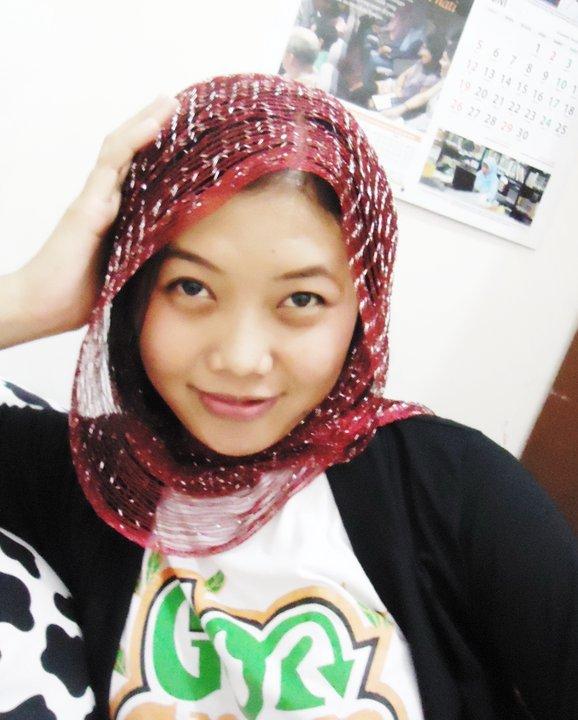 Jilbab Seksi http://genuardis.net/jilbab/jilbab-tapi-seksi.htm