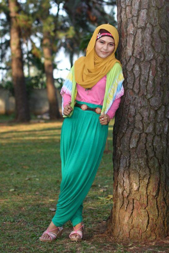 jilbab semok akhwat montok (2)