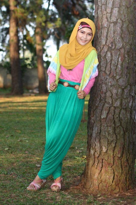jilbab semok akhwat montok (9)