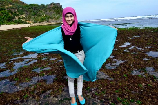 jilbab hot toge besar (1)