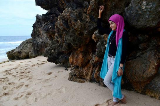jilbab hot toge besar (11)