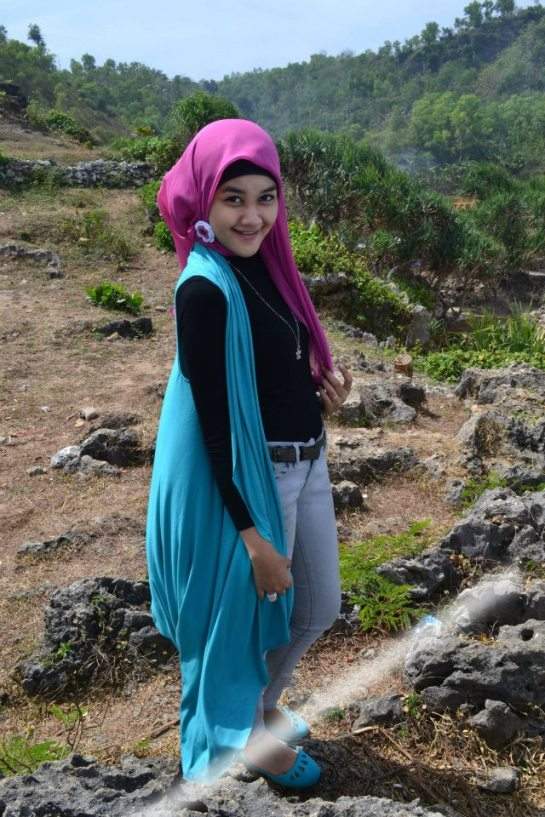 jilbab hot toge besar (2)