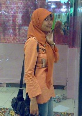 jilbab toket besar (2)