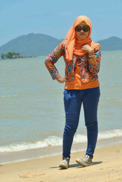 tikha hijabers montok (1)