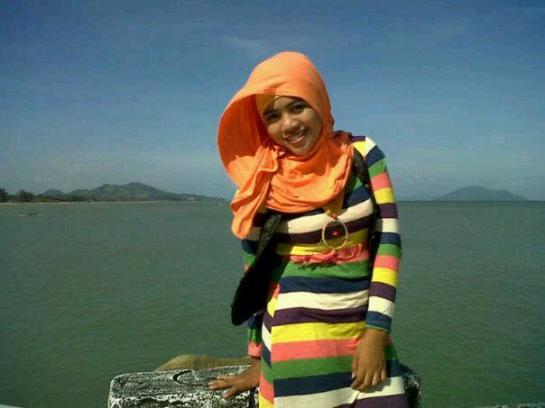 tikha hijabers montok (11)