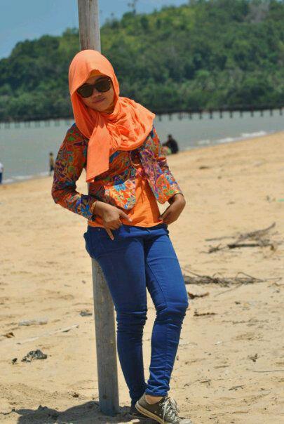 tikha hijabers montok (2)