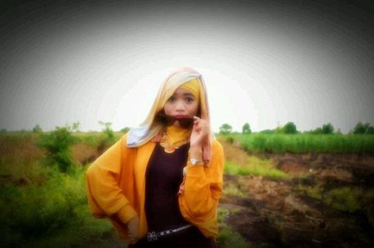 tikha hijabers montok (5)