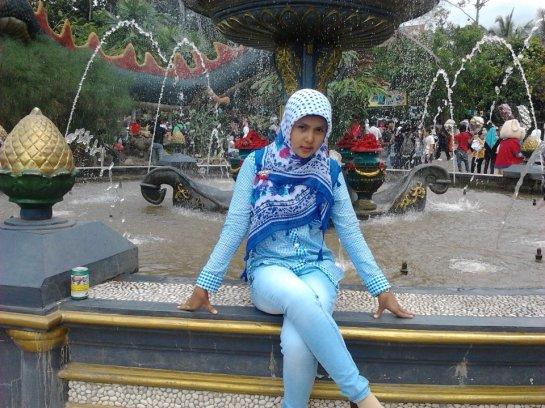 jilbab semok-marina (3)