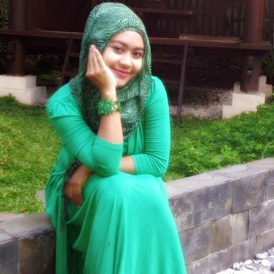 jilbab susu montok-nia (3)