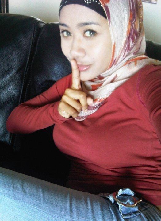 jilbab susu montok-nia (5)
