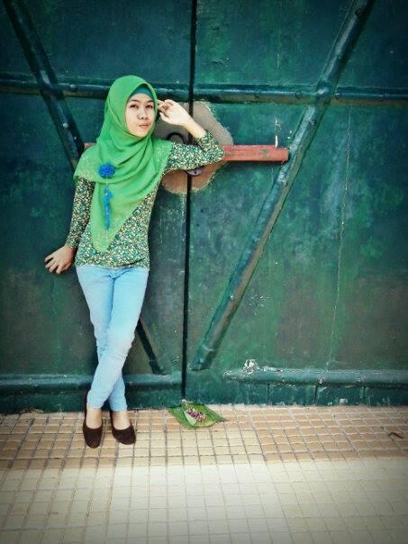 jilbab ketat montok-rizca (2)