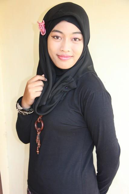 jilbab susu montok-putri rahayu (6)