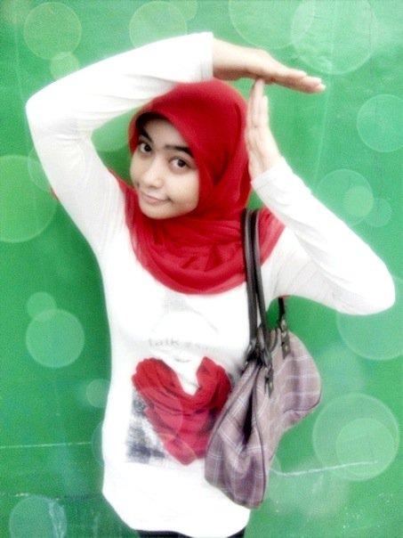 nita-bigboobs hijab (7)