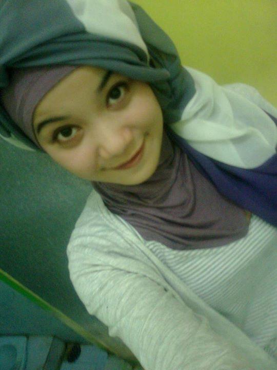 hijab montok-nabila (4)