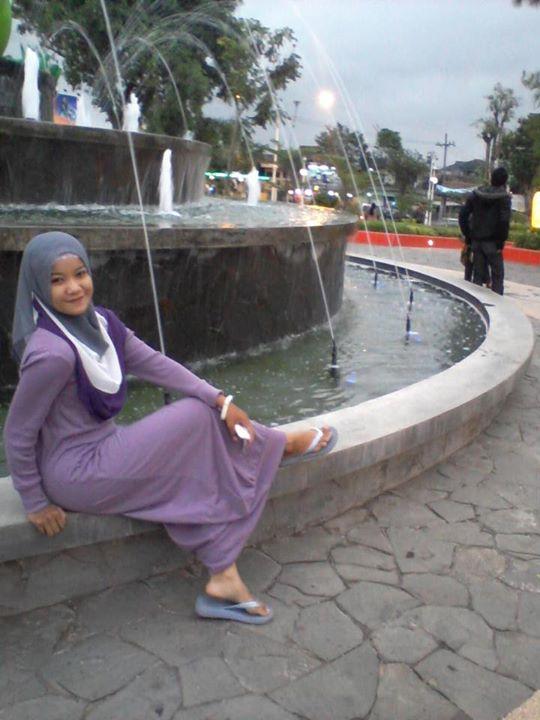 hijab montok-nabila (5)