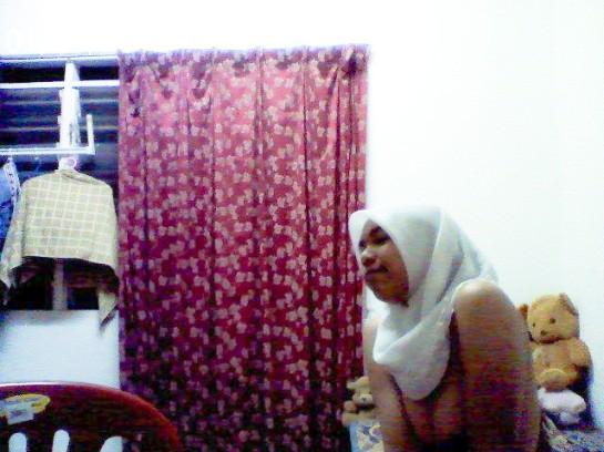 jilbab-toge-puteri-aulia-UGM (7)