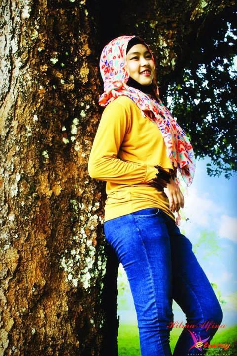 jilbab toket montok - hilma afina (2)