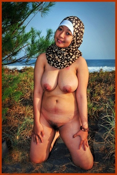 Arab hijab public and muslim woman hijab threesome and arab lady and 2