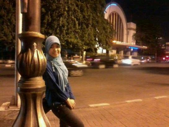 jilbab manis montok-aisyah dwiyanda (8)