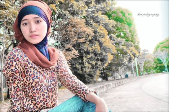 foto hot jilbab - ade risqi (10)