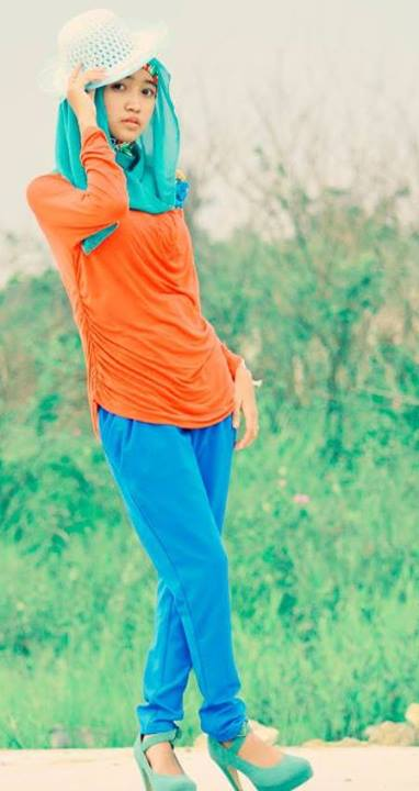 foto hot jilbab - ade risqi (1)