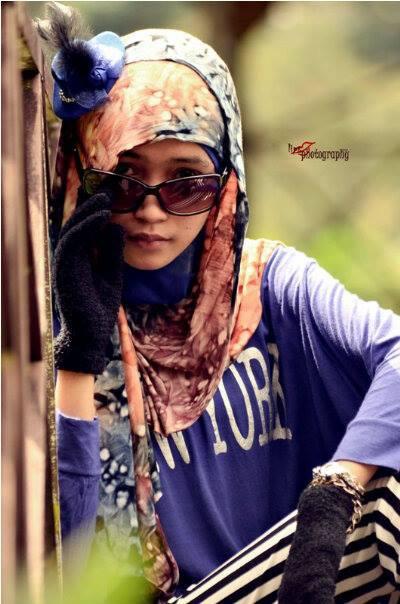 foto hot jilbab - ade risqi (18)