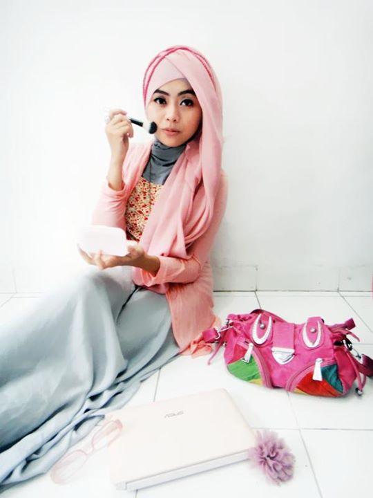 hijaber seksi - ayyun azzuyin (23)
