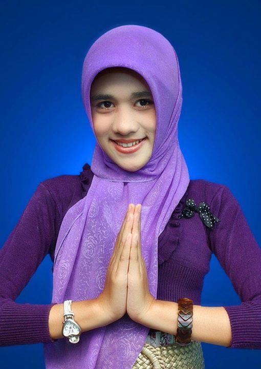 jilbab bikin horni - kurnia intan (8)