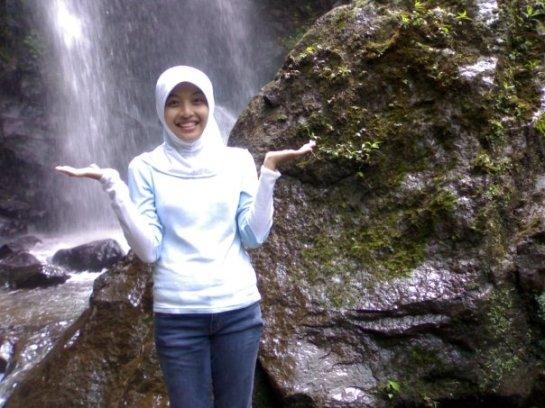 jilbab sexy hot - ayu (1)
