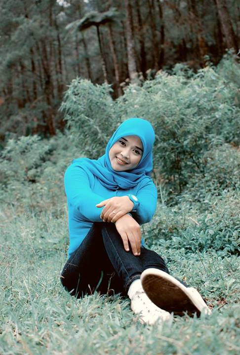 yessy eci - toge jilbab montok (1)