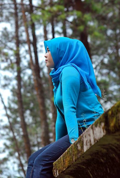 yessy eci - toge jilbab montok (2)