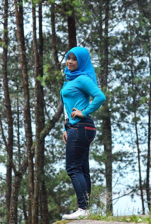 yessy eci - toge jilbab montok (3)