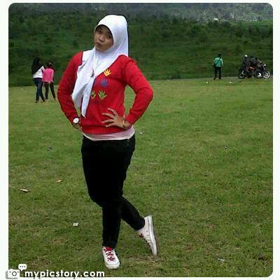 yessy eci - toge jilbab montok (5)