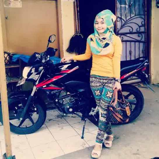 annisa islamiyah jilbab montok (16)