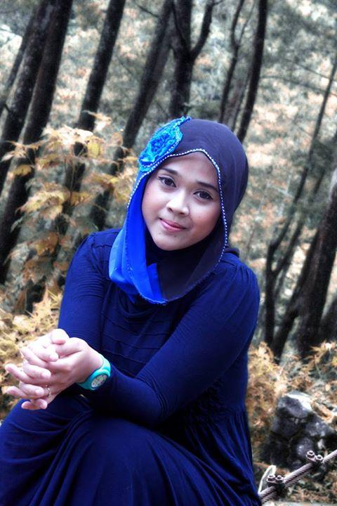 yessi eci - jilbab semok (2)