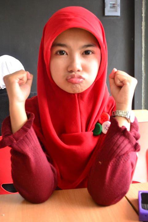 sherly faraniva - jilbab manis payudara besar (11)