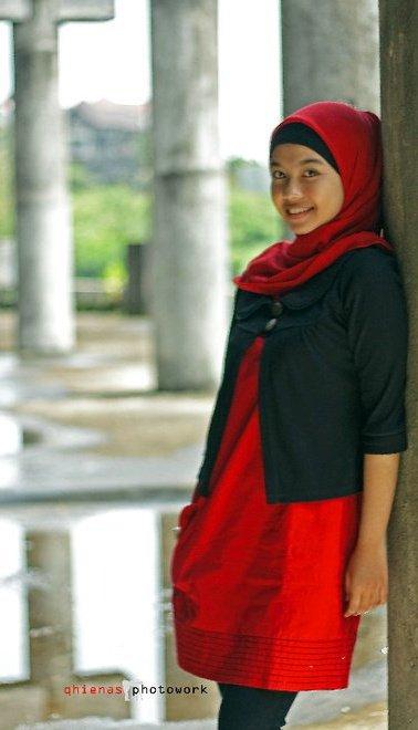 sherly faraniva - jilbab manis payudara besar (9)