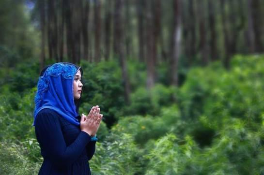 yessy purnamasari - jilbab memek seret (1)