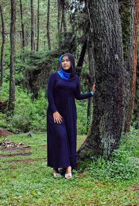 yessy purnamasari - jilbab memek seret (3)