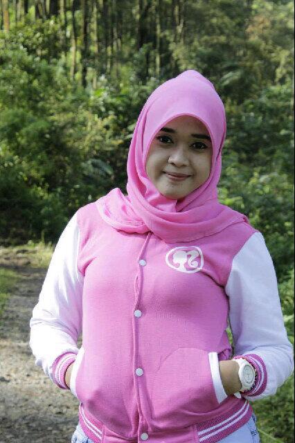 yessi ecii jilbab hot (1)